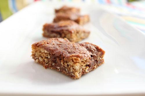 Oatmeal Chocolate Cookie Bars Recipe